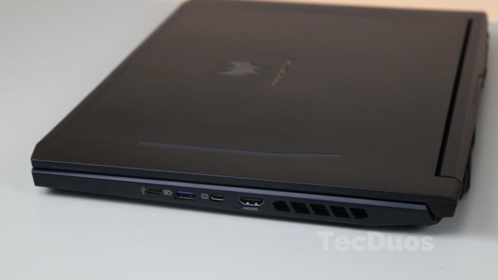 Acer Predator Helios 300 vale a pena em 2021?